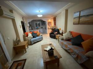 indoors_01